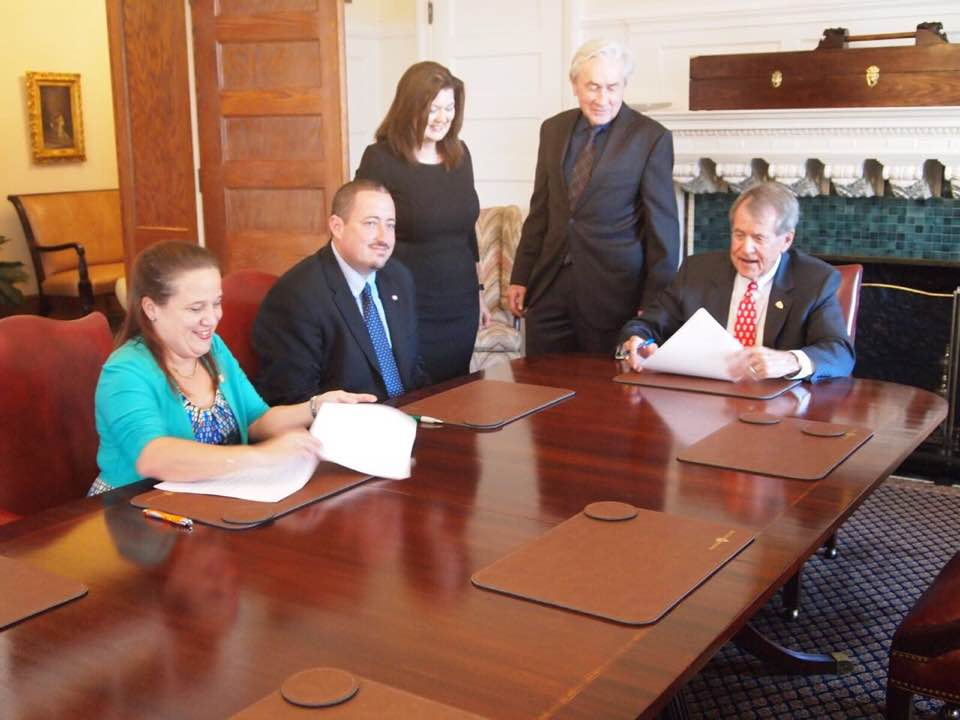 Bonaire and Saba sign agreement with Flagler College in Florida