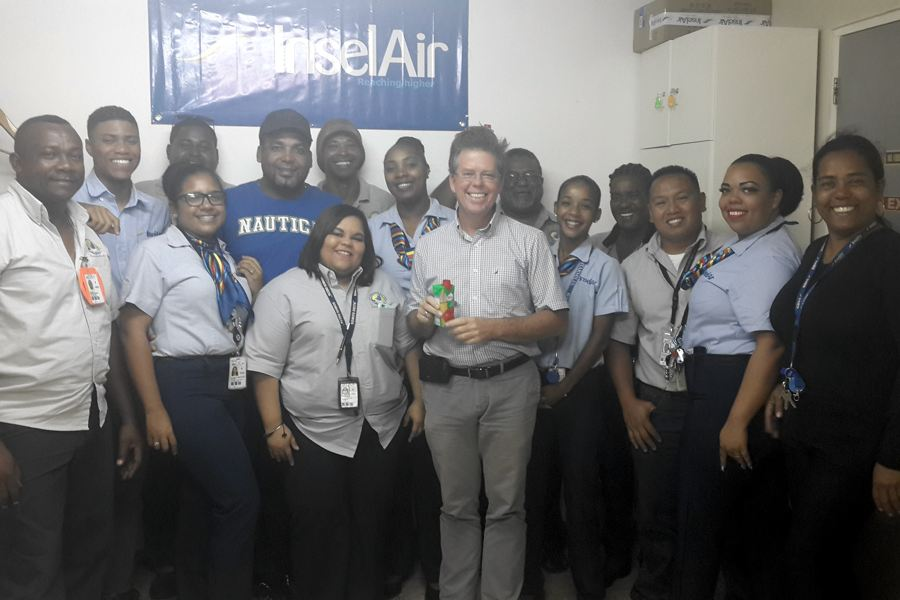 Tourism Corporation Bonaire gave the employees of Insel Air a gesture