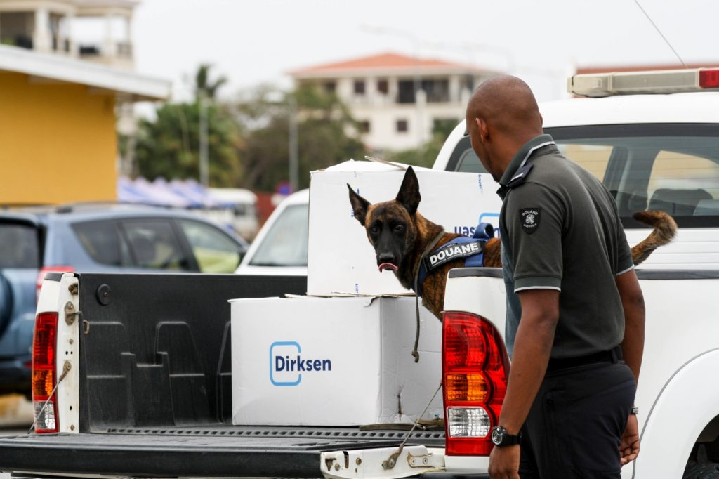 Presentation of customs dogs on Bonaire