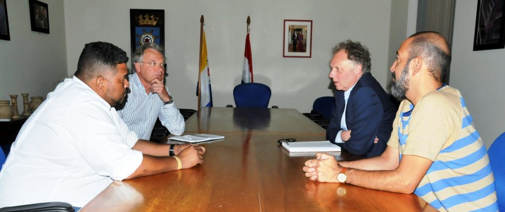 9 million euros for urgent repairs on piers in Bonaire