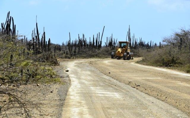 Government working on improving road to Lac