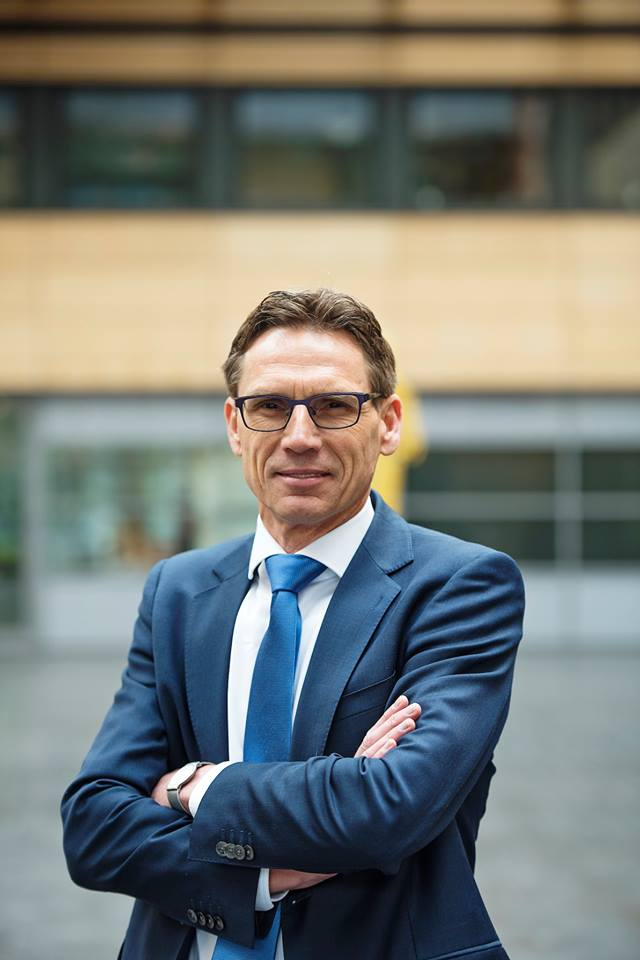 Roger Bos appointed as new Attorney-general