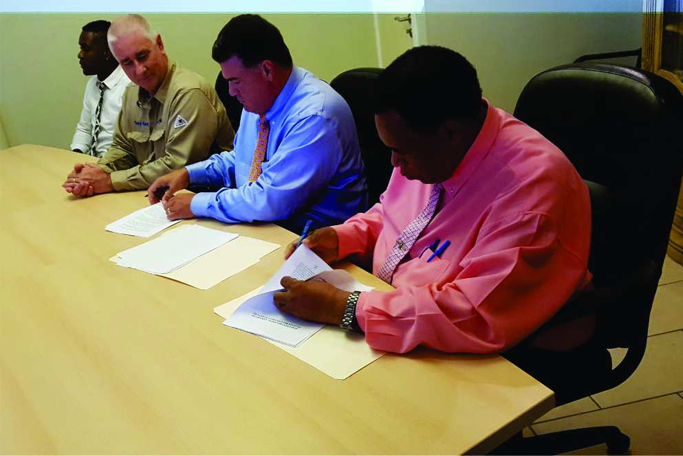 Governor Woodley signs NuStar deal