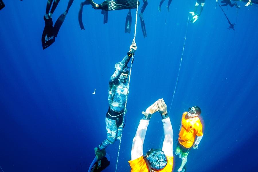 Bonaire Deepsea Challenge and Caribbean Mermaid Festival