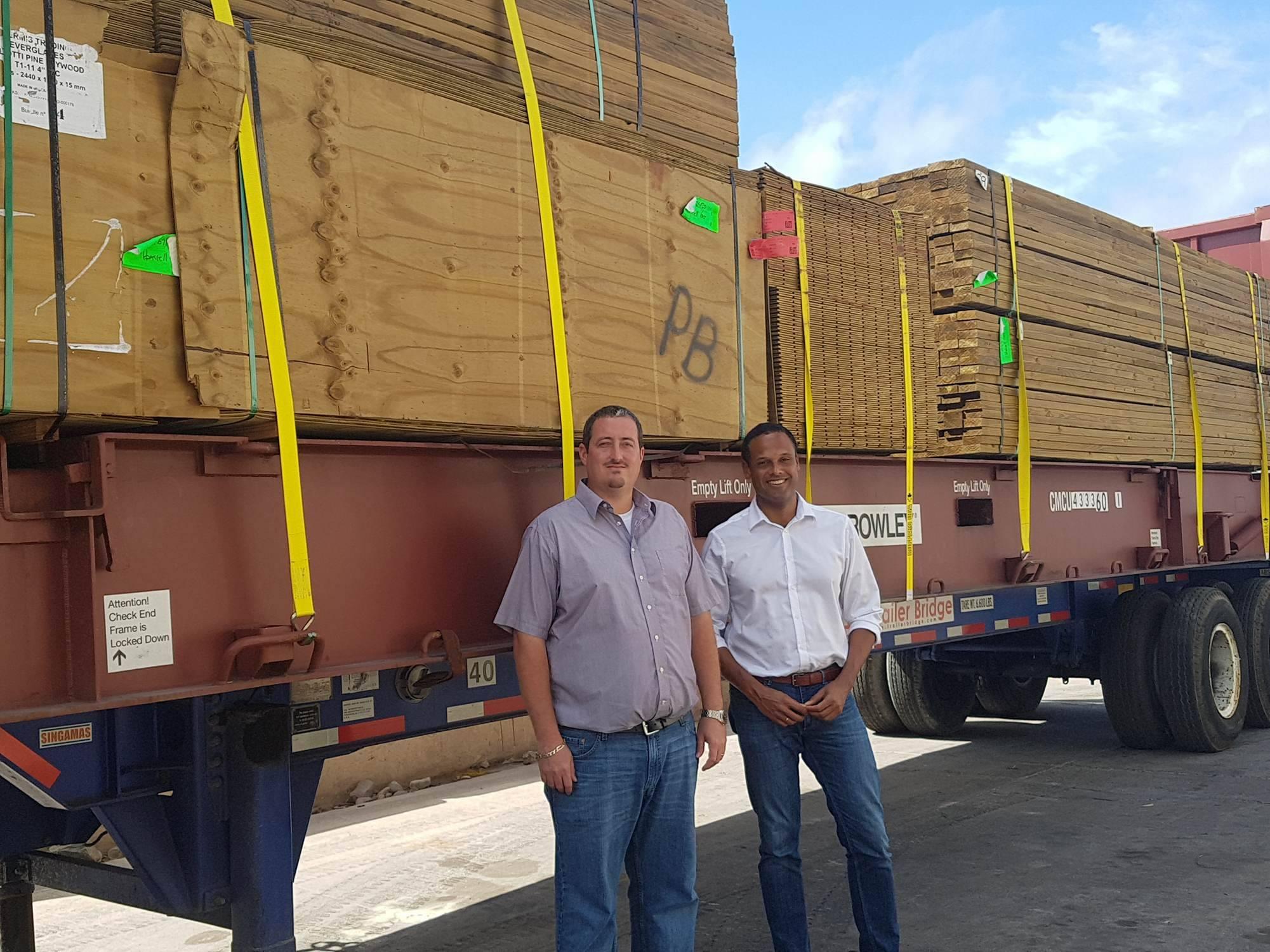 Dutch building material arrives on Saba