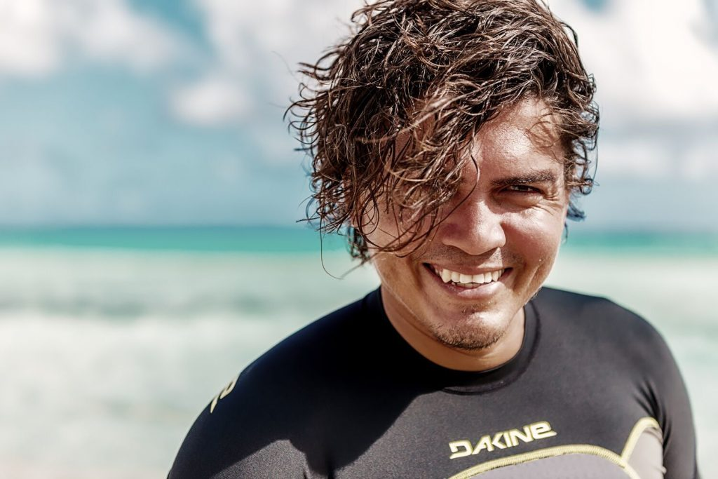 Bonaire's very own Social Media influencer: Caesar Finies