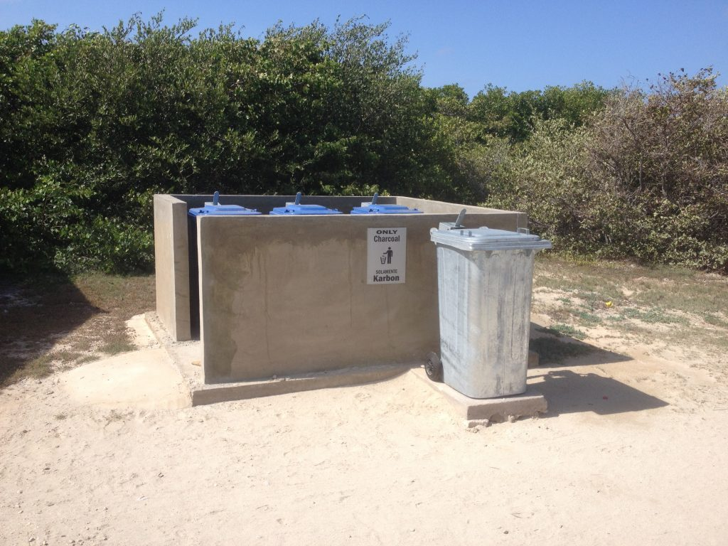 Better Garbage Facilities at Bonaire's Beaches