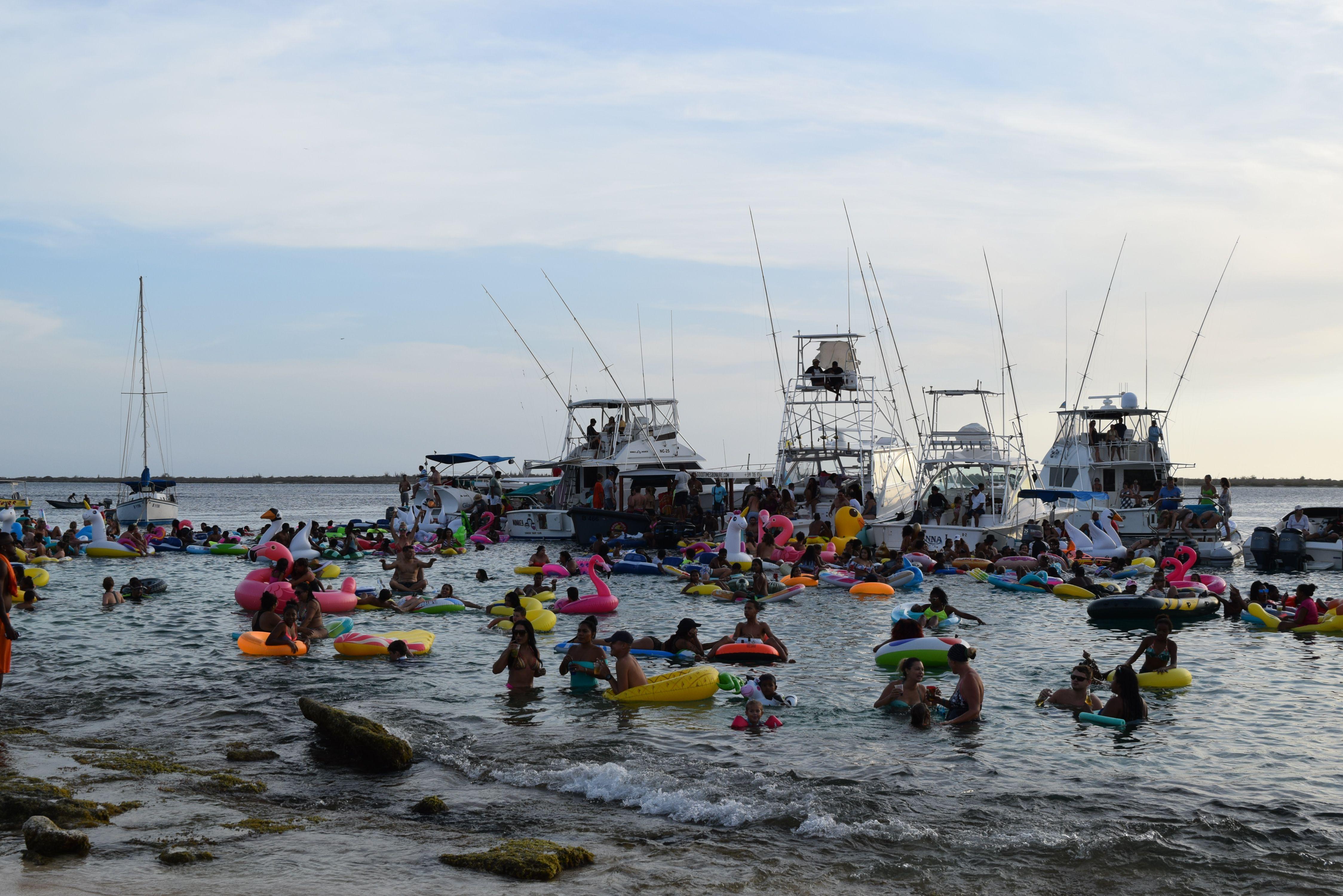 Dolfijn FM Float fest