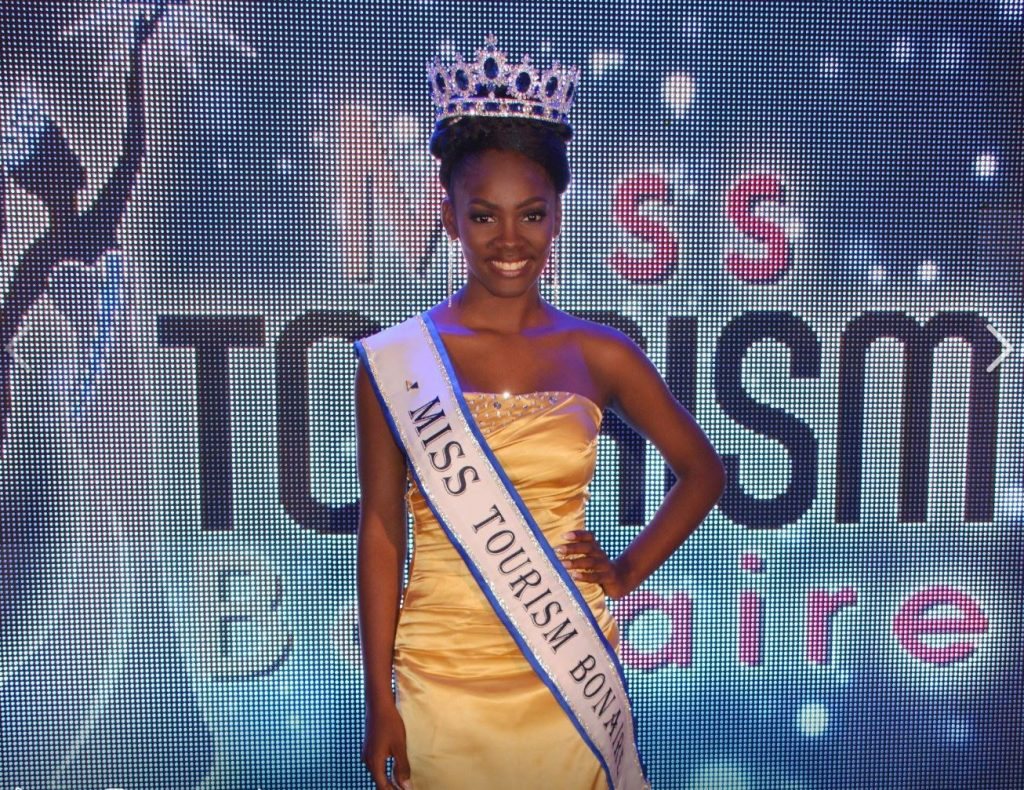 Miss Tourism Bonaire Carolin Coffie