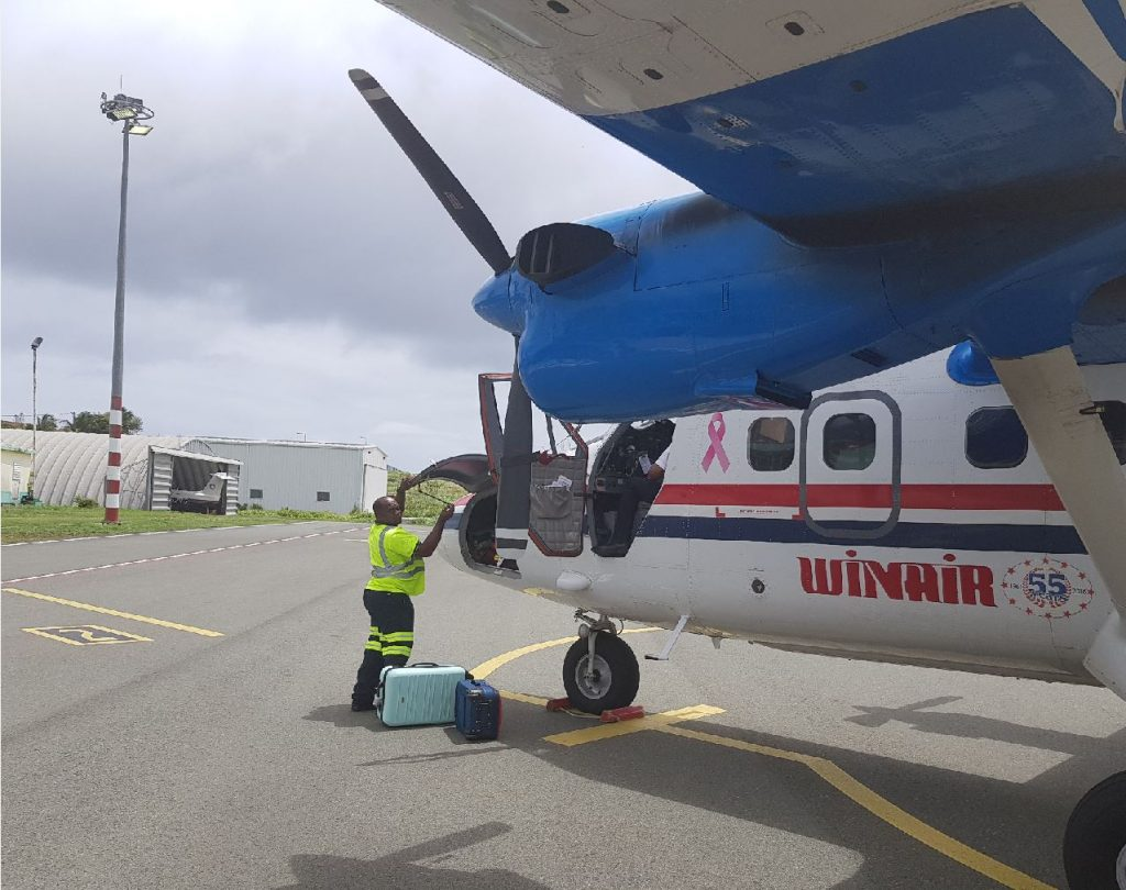 Winair on Statia foto HL