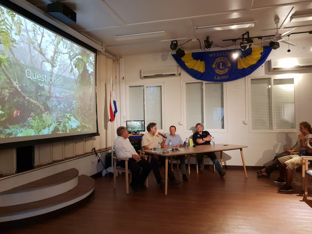 Saba Holds Town Hall Meetings about National Park