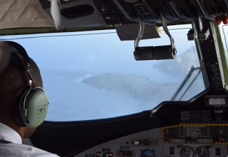 Winair landing in Saba