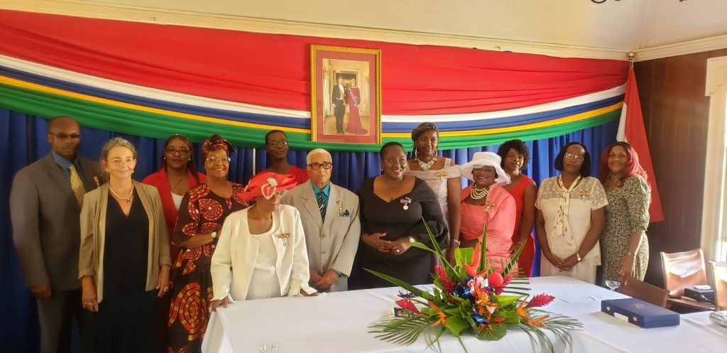 Seven Statian Residents Receive Royal Decorations