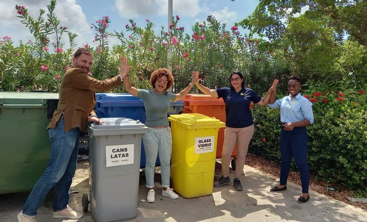 Selibon and BONHATA work together to better plan separation of trash from the tourism sector